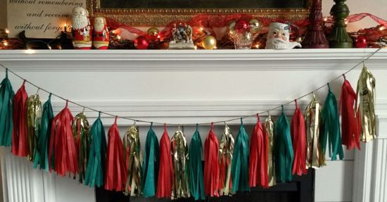 Picture of Christmas Tissue Paper Tassel Garland in Red Gold and Green