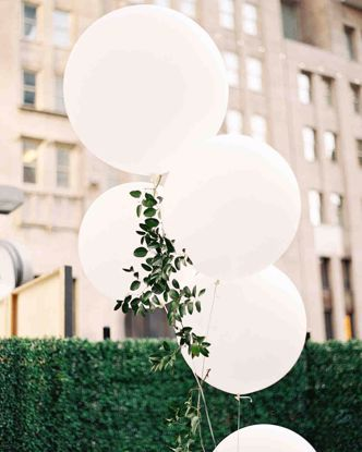 "Picture of White Giant Balloons up to 36"" Wedding Bride"