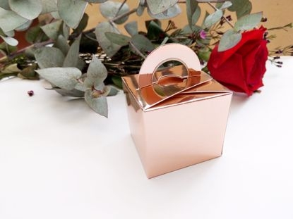 Picture of Rose Gold Wedding Favor Boxes 10