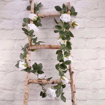 Picture of WHITE ROSE GARLAND FLOWER TAIL