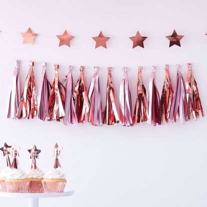 Picture of MATTE PINK & ROSE GOLD TASSEL GARLAND
